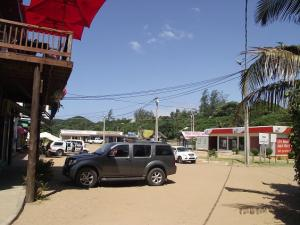 The main town square of Ponta with its 'BCI Bank'